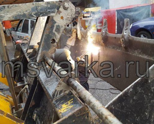 сварка и ремонт ковша на погрузчике