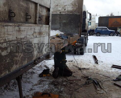 ремонт грузовой машины