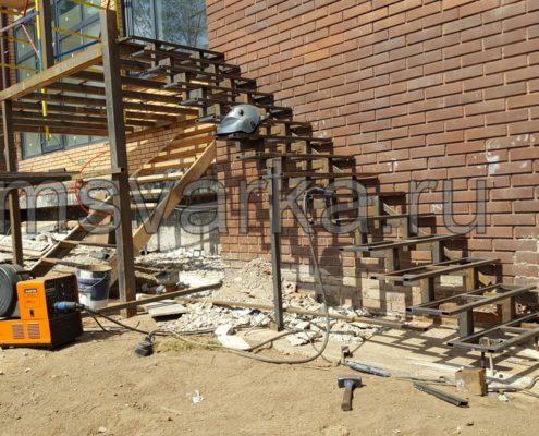 металлическая лестница сварная